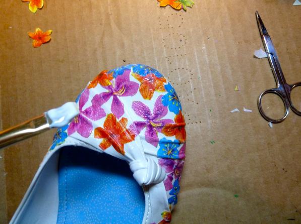 Декупаж върху обувки