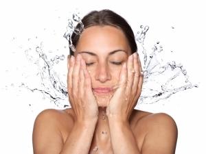 Органична скраб за почистване на лице