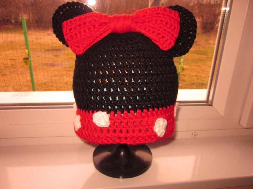 31a3a44db3a Мини Маус - плетена шапка | Ръчна изработка