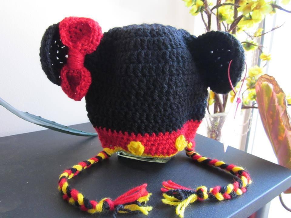 e60da2119e9 Плетени шапки - МИНИ МАУС | Ръчна изработка