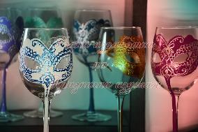 Чаши за моминско парти ''Маски''