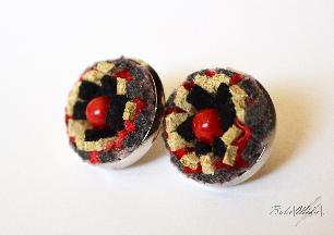 Coral red studs