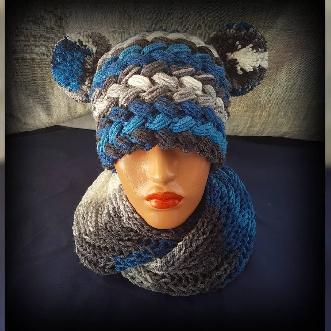 Дамска Шапка 2 уши ръчна изработка. Шапка ръчно плетиво. Плетена шапка. Шапка Handmade. Зимна шапка
