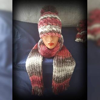 Дамска Шапка и Шал ръчна изработка. Шапка ръчно плетиво. Плетена шапка. Шапка Handmade. Зимна шапка