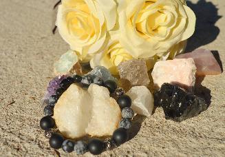 Гривна от естествени камъни Тoxic