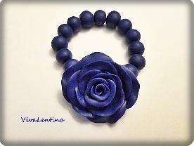 Гривна със синя роза. Бижута от полимерна глина.