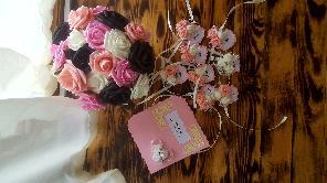 Гривни за моминско парти или бутониери за сватба и картичка за моминско Парти