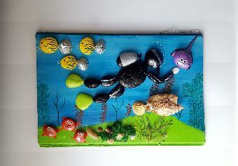Картина с морски камъни