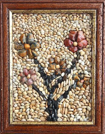 Картини от камъчета, миди, раковнки, пясък,