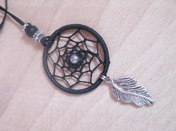 "Колие - медальон ""капан за сънища"" в черно"