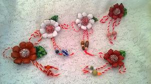 Мартенички уникат с цветя от естествена кожа и мьниста