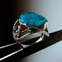 модел 483 Изработен от масивно сребро  Дамски пръстен,с инкрустиран 1 камък
