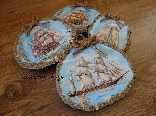 """Морска декорация """"Платноход"""" на дървена основа"""