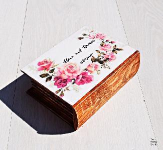 Персонализирана Сватбена кутия за халки пръстени с флорални мотиви
