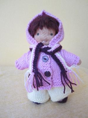 Плетен комплект за кукла