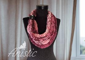 """Плетен шал """"Прегръдка"""" - нюанси на розово"""