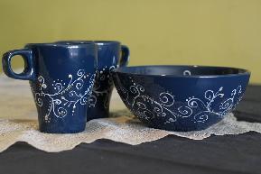 Подаръчен комплект 2 бр. ръчно рисувани чаши и купа