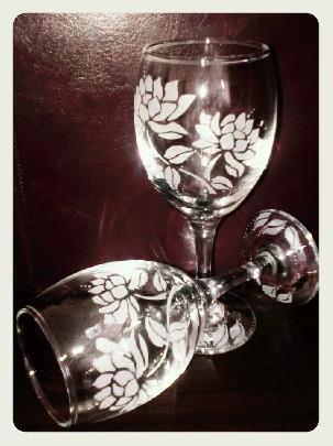 """Ръчно гравирани чаши за вино """"Цветя"""""""