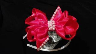 Ръчно изработена Детска диадема с панделка и камъни за малки принцеси