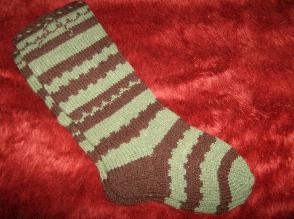 Шарени вълнени чорапи, ръчно плетени
