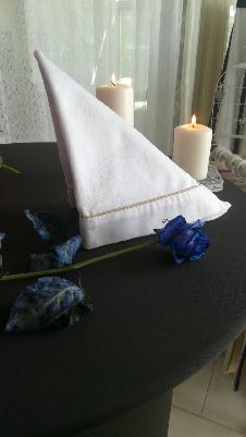 Сватбена салфетка бяла