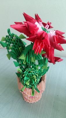ваза с цвете