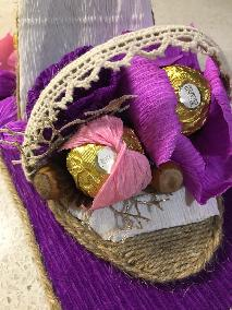 аранжровка с шоколадови бонбони ferrero rocher