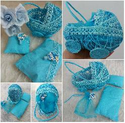 Бебешка количка-сувенир в тюркоазено