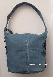 Ръчно изработена чанта от разноцветен деним