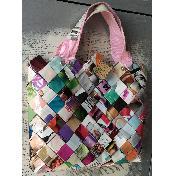 Чанта от рециклирани списания