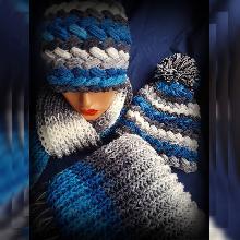 Дамски комплект Шапка и шал Handmade. Плетена шапка и шал. Шапка и шал ръчна изработка. Комплект оригинален