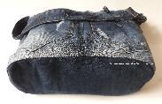 Дънкова ръчно изработена чанта