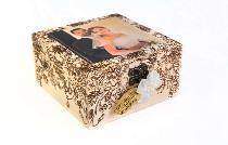Дървена кутия със снимка и пирографика