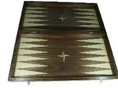 """Дървена кутия за шахмат """"Орешак"""""""