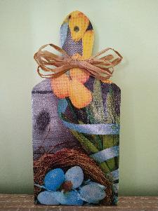 Декоративна дървена дъска с декупаж за Великден