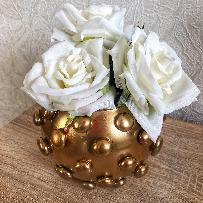 Елегантни вази в модерен стил