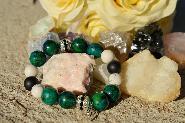 Гривна от естествени камъни Lovely green