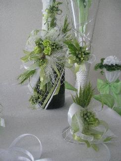 Изработваме уникални сватбени аксесоари по идея, тема и цвят избран от клиентите