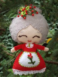 КОЛЕДНА УКРАСА, Коледни играчки от филц
