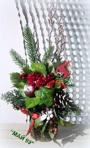 Коледна украса на дървено пънче
