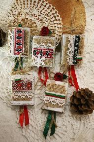 Коледни късмети с народни мотиви