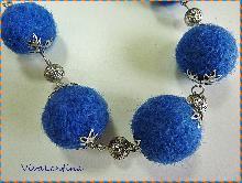 Колие Синьо