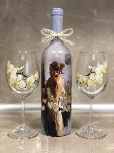 Комплект Бели орхидеи. Подарък за рожден ден, имен ден.