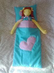 Кукла 50см. с одеало и възглавница