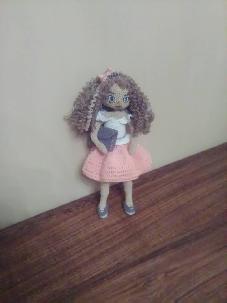 Кукла Лина -весело градско момиче