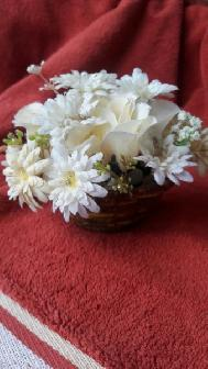 Купа с цветя
