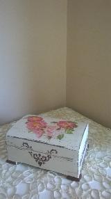 Кутии за бижута ръчна изработка  в стил Шаби шик