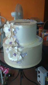 """Кутия за  пари """"Сватбена  торта"""""""