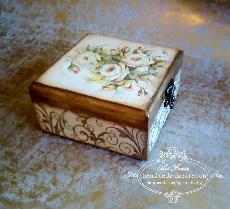 Кутия за бижута- With aroma roses , vintage
