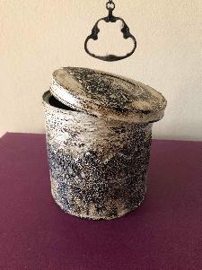 Кутия за съхранение- каменна дантела